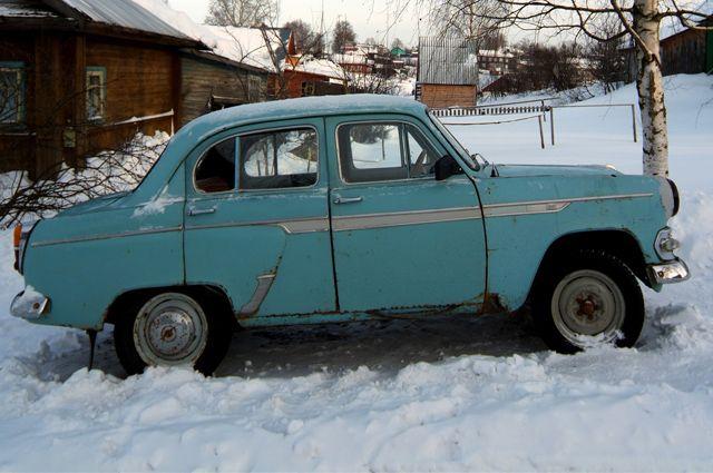 Старые автомобили с большей вероятностью становятся причиной аварий, но также дешевле чинятся