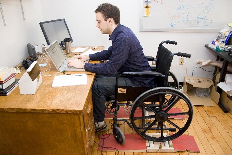 Сегодня имеют место быть также некоторые трудовые привилегии для инвалидов