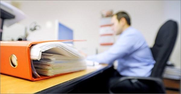 Существует определенный порядок поступления на гражданскую службу, которому обязаны следовать все государственные учреждения и кандидаты в их должностные лица