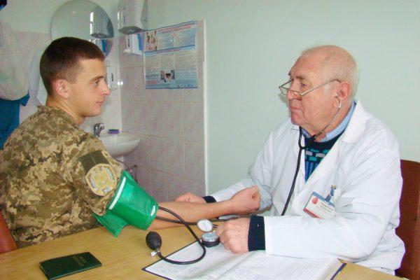 Ветеран Чеченской войны на приеме у врача