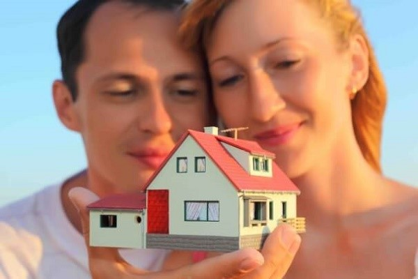 Если объект находится в совместном владении, значит, распорядиться им полностью или частично смогут только все его владельцы, поодиночке же этого сделать невозможно, так как закон запрещает подобное