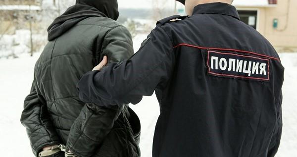 В некоторых ситуациях сотрудники полиции могут применять оружие