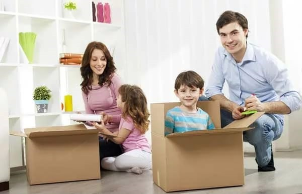 Иногда семьям предоставляют непригодные для жилья участки, и это должно быть решено Правительством