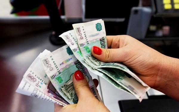 При получении организацией нескольких исполнительных документов выплата денежных средств производится в календарном порядке