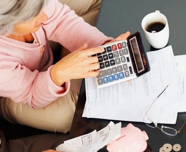 При расчете пенсии учитывается, когда сотрудник был в отпуске, на больничном и проч.