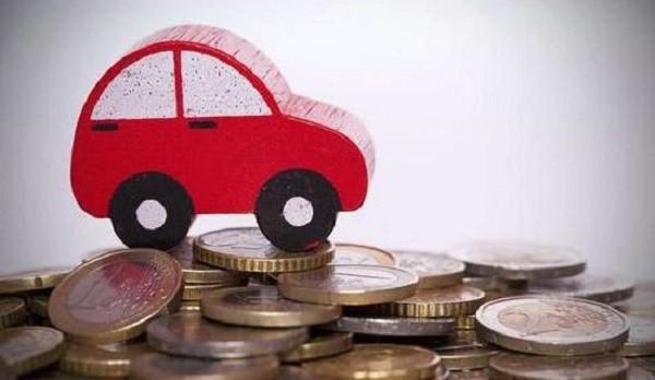 Транспортный налог носит характер имущественного, и должен выплачиваться как гражданами, так и компаниями, находящимися в России и владеющими автомобилями