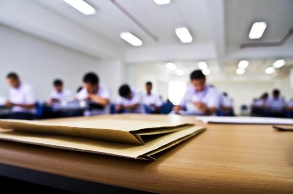 Не только у студентов, но и их родителей, имеются законные права, которые обязаны учитывать прочие участники рассматриваемых отношений