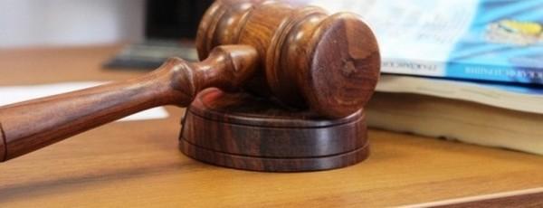 Ходатайствовать о признании доказательств недопустимыми могут стороны, участвующие в судебном процессе