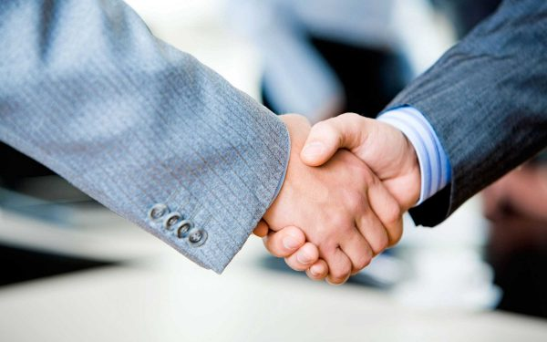 Представитель обязан уведомить доверителя о перепоручении своих полномочий