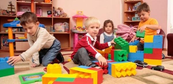 Малоимущие семьи в некоторых случаях могут вовсе не платить за детский сад