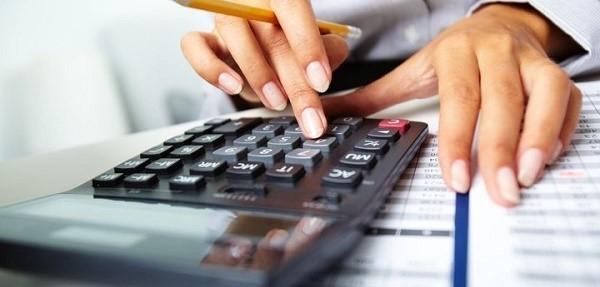 Получить налоговый вычет можно как через работодателя, так и непосредственно путем получения перевода на банковский счет