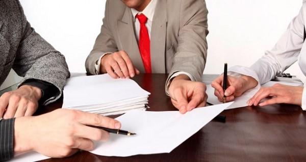 Если вы, как владелец имущества, заранее хотите в чем-то ограничить его управляющего, укажите все нужные ограничения в договоре