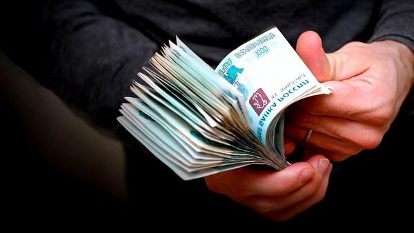 Работодатель ежемесячно взыскивает определенную долю дохода