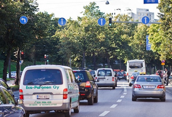 Все знаки ПДД необходимы для регулирования движения на дорогах