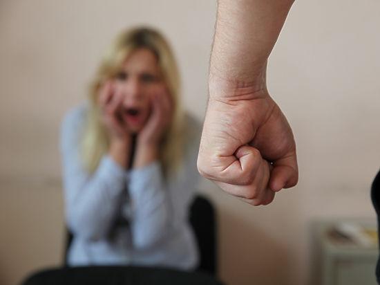 Если потерпевший действительно испугался вследствие произносимых угроз, виновные будут наказаны по статье 119 УК РФ