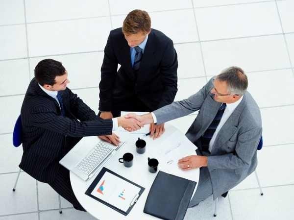 Изучите оба вида договора, чтобы понимать, какими сложностями сопровождается их использование