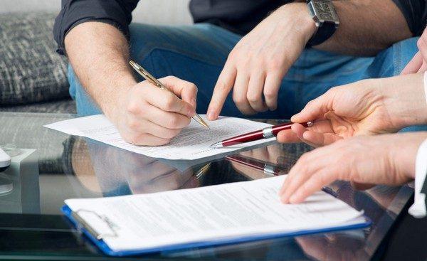 Условия, прописываемые в договоре, можно условно поделить на две основные категории: существенные и несущественные