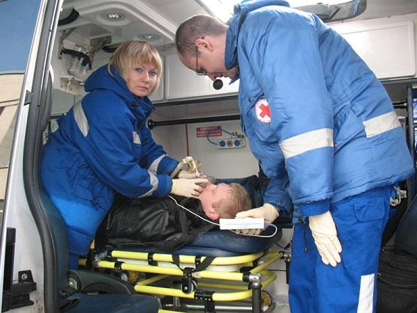 При необходимости человеку должна быть оказана медицинская помощь