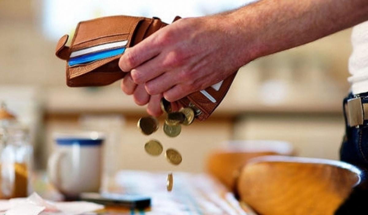 Алименты в твердой денежной сумме взыскиваются с плательщиков, имеющих низкие доходы