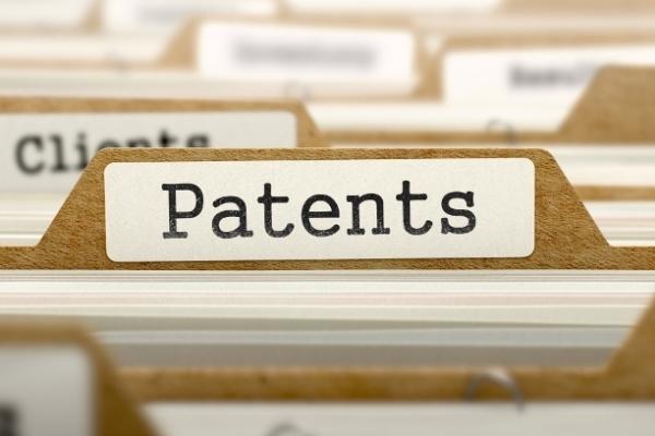 Для облегчения процесса патентования юрлица часто обращаются к патентным поверенным