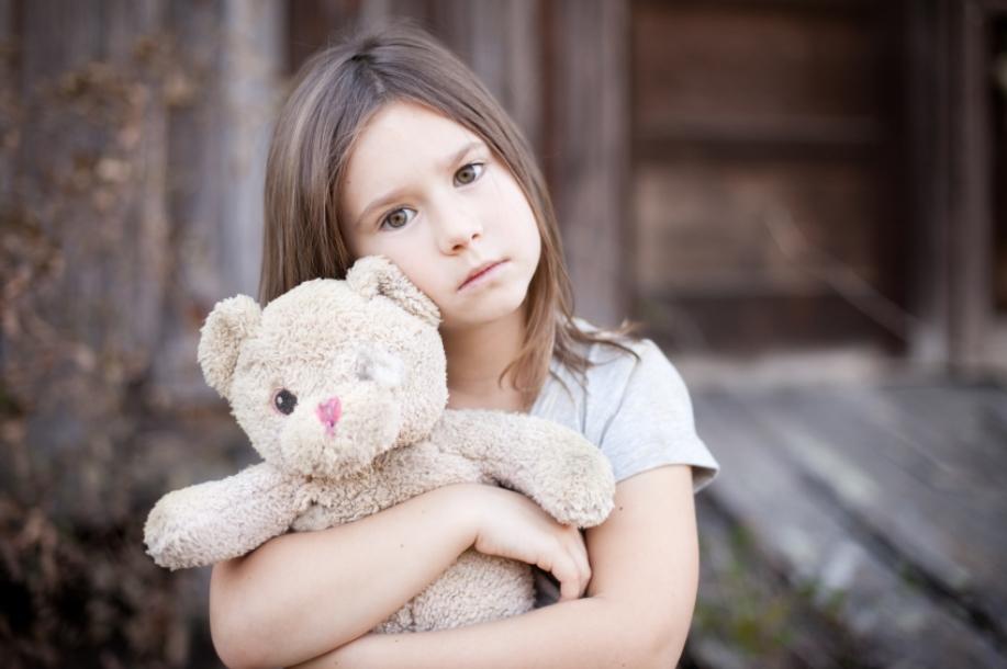 Если у ребенка не остается родителей после оспаривания отцовства, его дальнейшее будущее определяют органы опеки