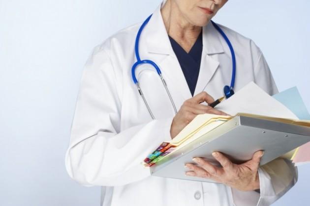 Если здоровье работника не позволяет ему выполнять профессиональные обязанности, его следует отстранить