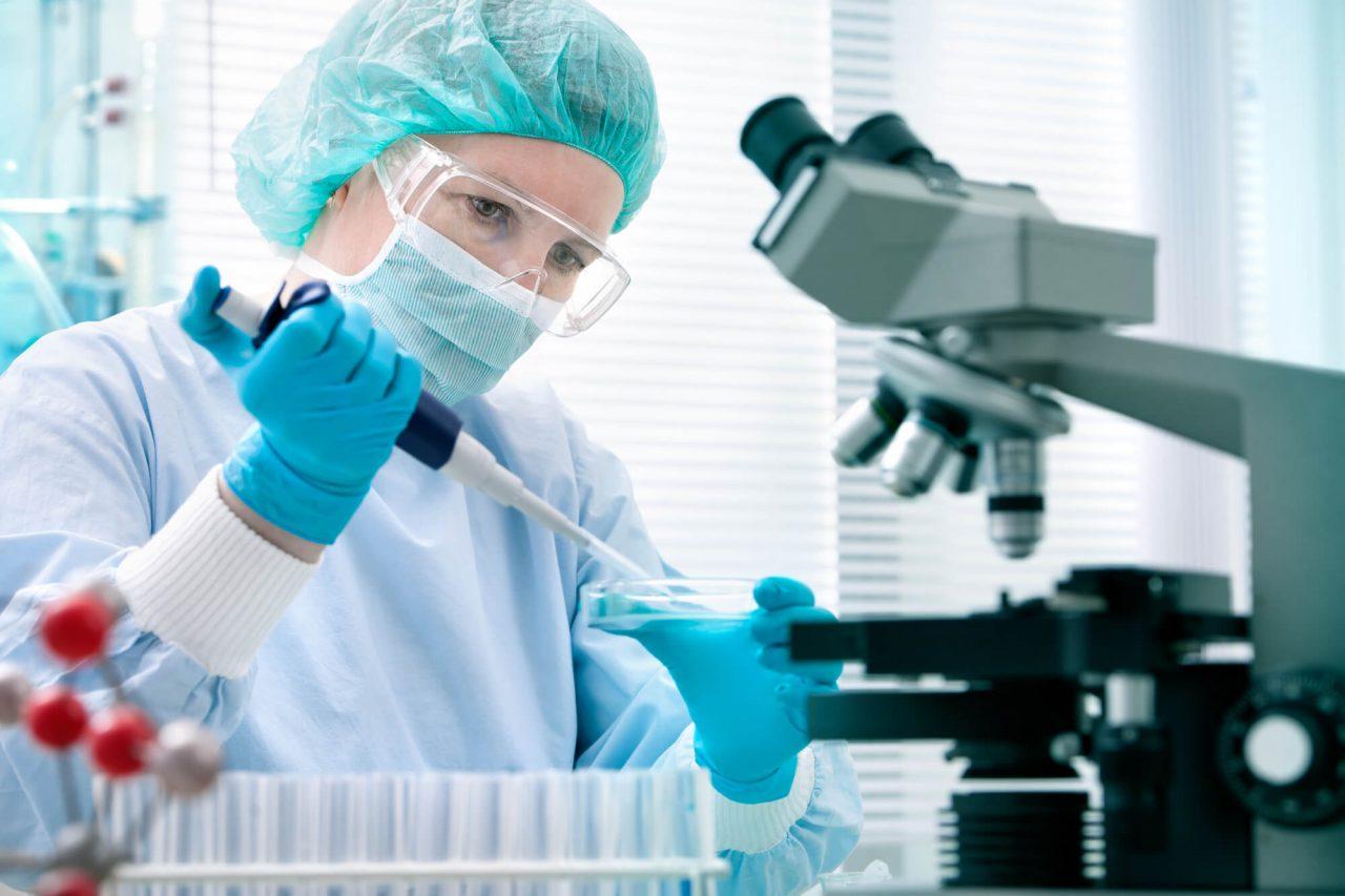 Генетическая экспертиза проводится в специальных экспертных лабораториях