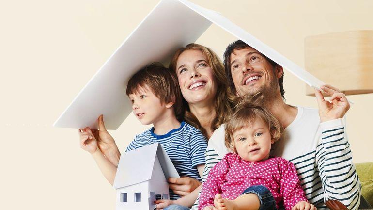 Государтсво помогает многодетным семьям в приобретении недвижимости и выплате ипотеки