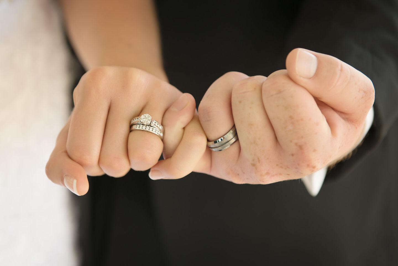 Мать имеет право на алименты даже в том случае, если ребенок был рожден вне брака