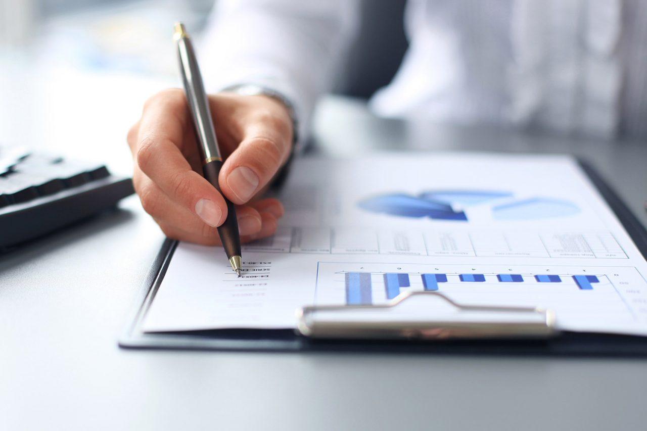 Модицифированное заключение выносится в тех случаях, когда в финансовых отчетах имеются недочеты