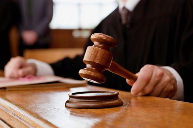 В зависимости от судебного приговора, подсудимый может быть осужден или оправдан
