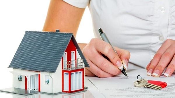 Существует несколько разновидностей имущественных прав, и к ним относится не только право собственности, но также вещные права различного типа