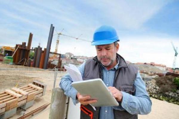 Смета позволяет не только рассчитать множество нюансов, но также их определить, то есть превратить из неожиданных в ожидаемые, и на этой почве уже планировать дальнейшие действия, связанные с организацией и проведением строительных работ