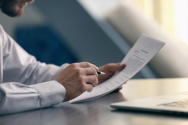 Согласно уставу стоимость крупной сделки может быть изменена
