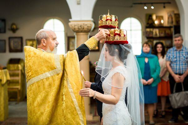 Венчание в церкви является добровольным