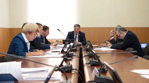 Передача закона представителям исполнительной власти
